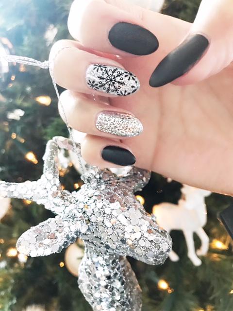 Christmas Inspired Mani's