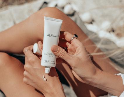 Alpha-H Essential Skin Perfecting Moisturizer SPF 15