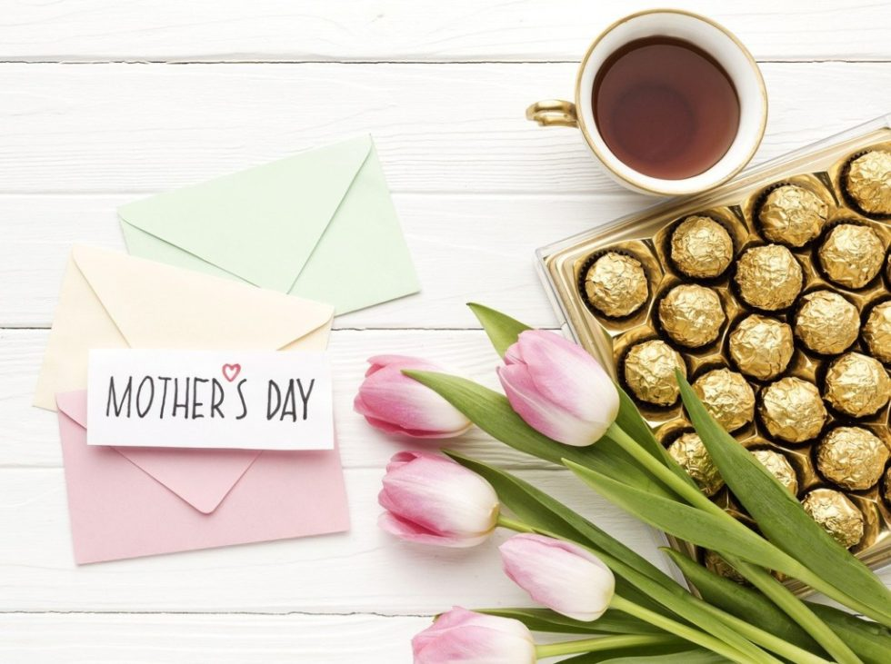 24 Mother's Day Gifts